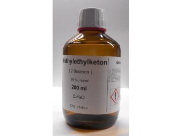 200 ml Methylethylketon 99%, (2-Butanon) als Lösungsmittel für Vinylharze